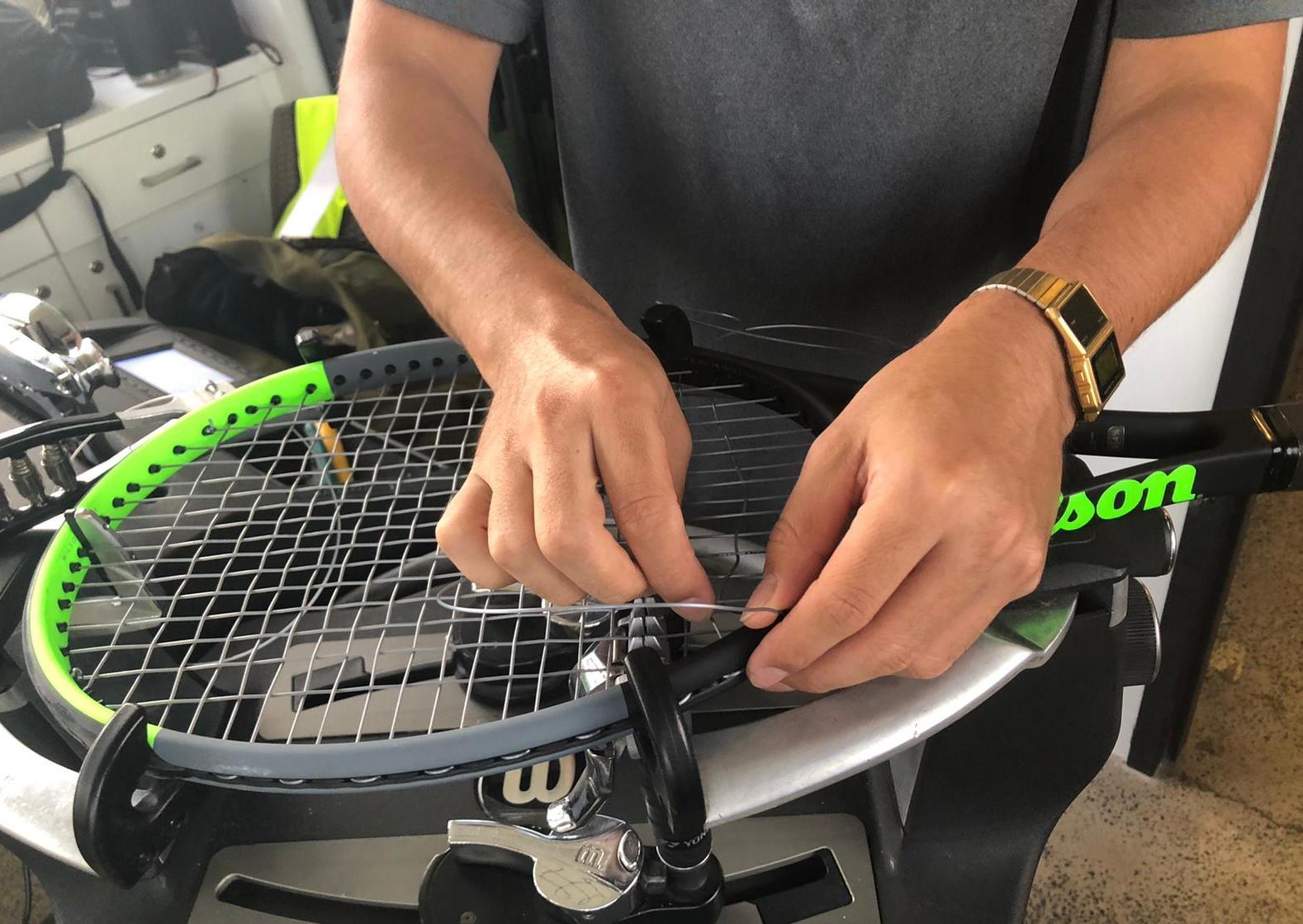 Tennis string tension